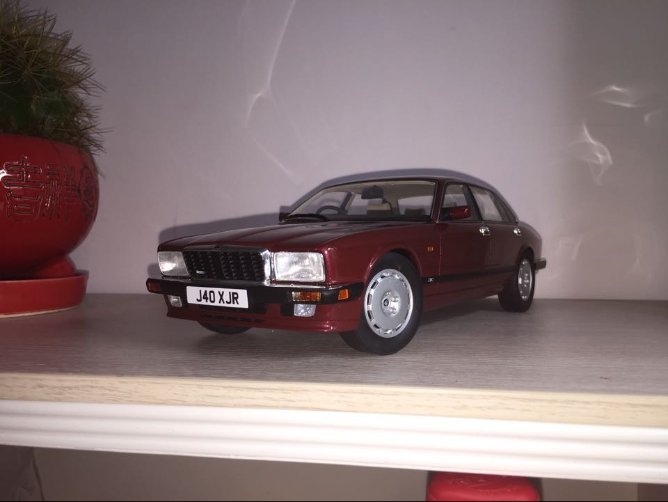 Jaguar XJ40 XJR 1:18 scale model by CULT